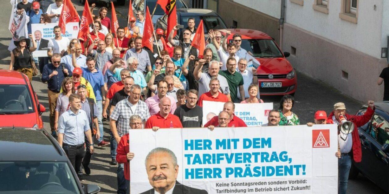 "Aktionsclip: ""Her mit dem Tarifvertrag Herr Präsident"" - Tarifbindung schafft Zukunft!"